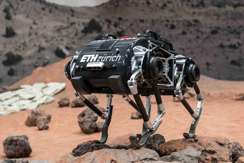 Роботите с крака се справят изненадващо добре в условия на слаба гравитация